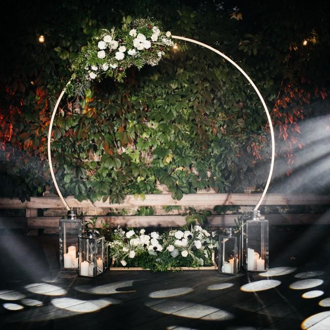 Gold-Round-Arbor-Hire-Perth.JPG