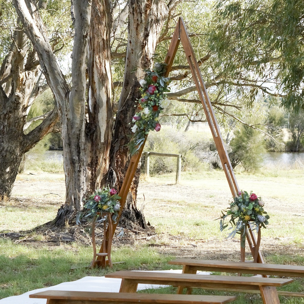 Ceremony Triangle timber Arbor sml sqr.jpg